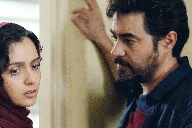Os atores Taraneh Alidoosti e Shahab Hosseini em 'O apartamento'. Crédito: Pandora Filmes/Divulgação.