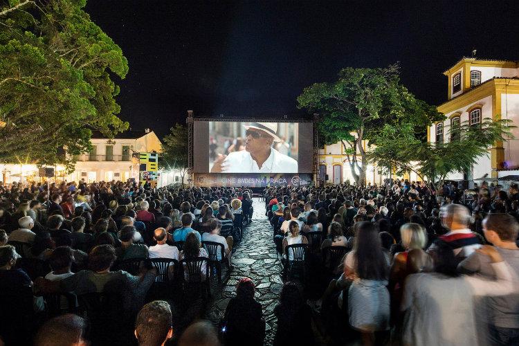 """Exibição do documentário """" PITANGA """" direção: Beto Brant e Camila Pitanga no Cine Praça - Foto Leo Lara/Universo Produção"""