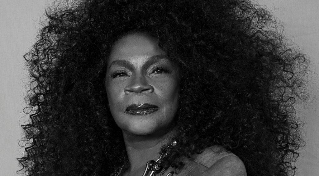 Zezé Motta – Mulher Negra